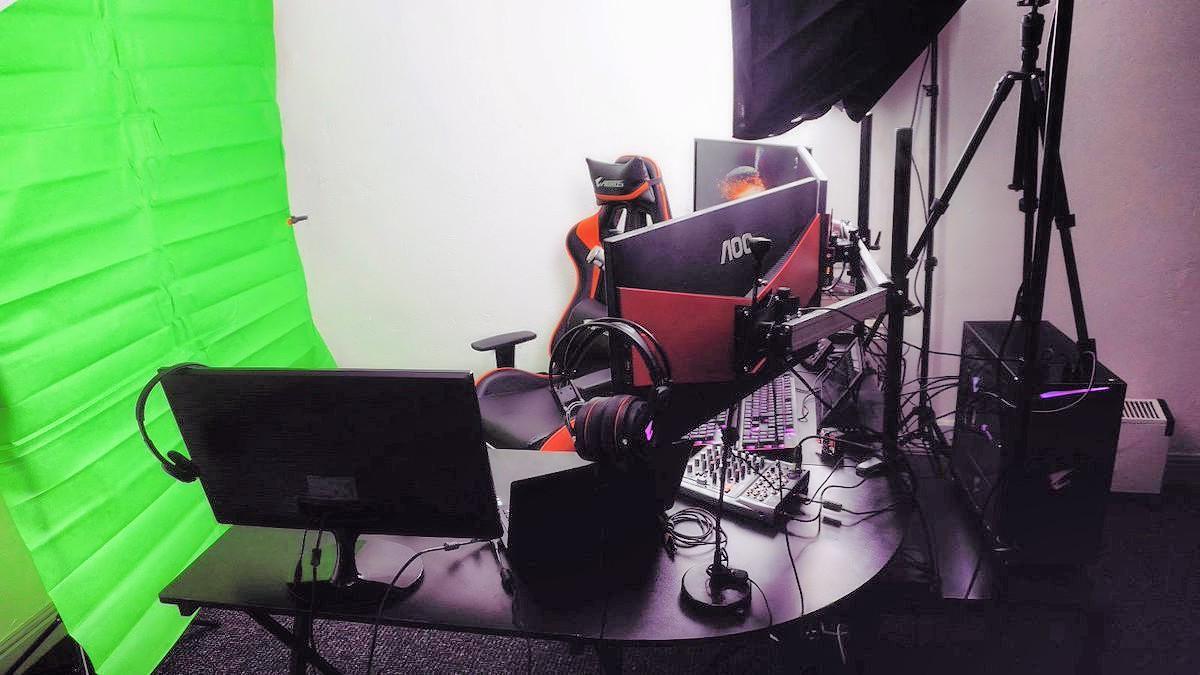 AORUS Streaming Studio   AORUS